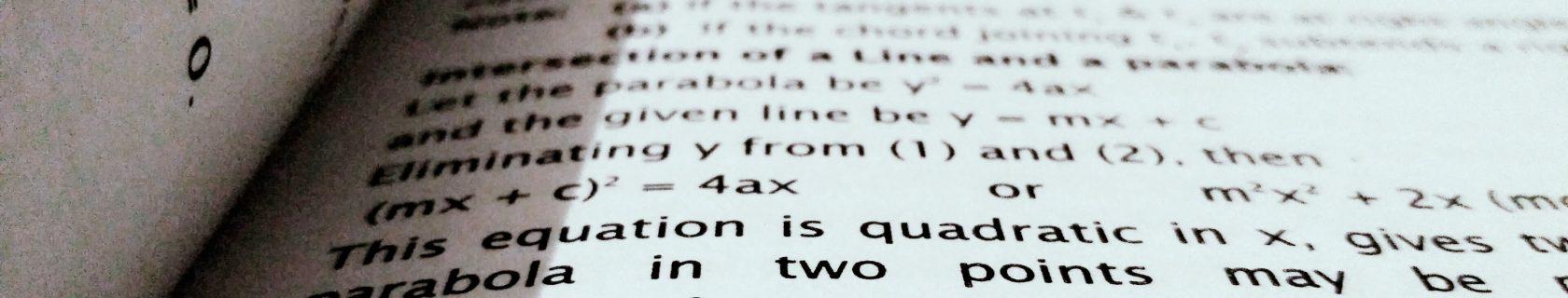 Buch mit mathematischen Formeln