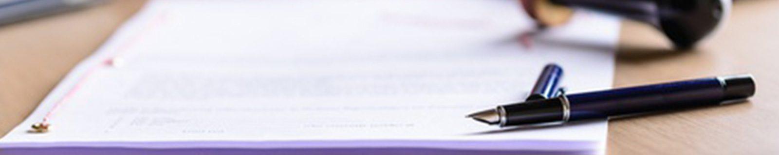 Hintergrundbild Gutachten schreiben