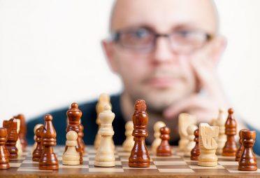 Allgemeinbildung, Fachwissen, Fleiß oder IQ? (I)